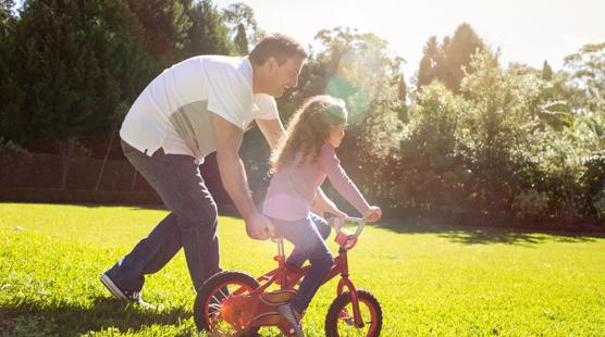 sleep-apnea-global-father-daughter-on-bicycle